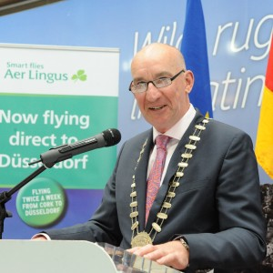 Repro-Free: Pat O'Connell, President CBA speaking at Cork Airport when the association's First Quarter 2016 business award was presented to Cork Airport. Photo Billy macGill.