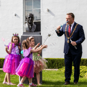 Lord Mayor of Cork and children dressed up in fancy dress